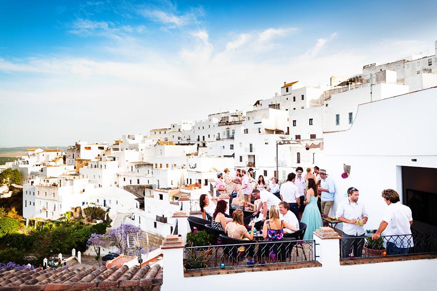 Los balcones del califa hotel bar news views from for Los jardines del califa
